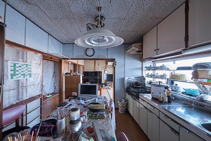ユカカラ暖房 施工事例 台所 ビフォー